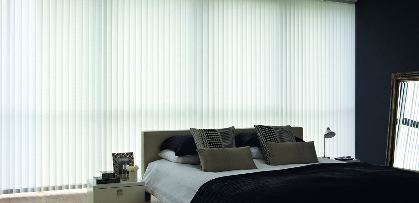 Vertical Blinds in 'Lanza Void'