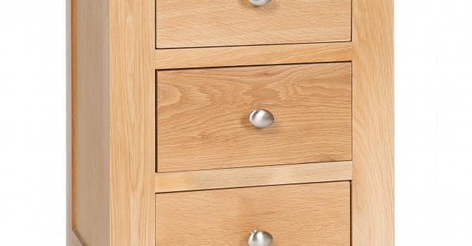*REDUCED* 3 Drawer Bedside Cabinet