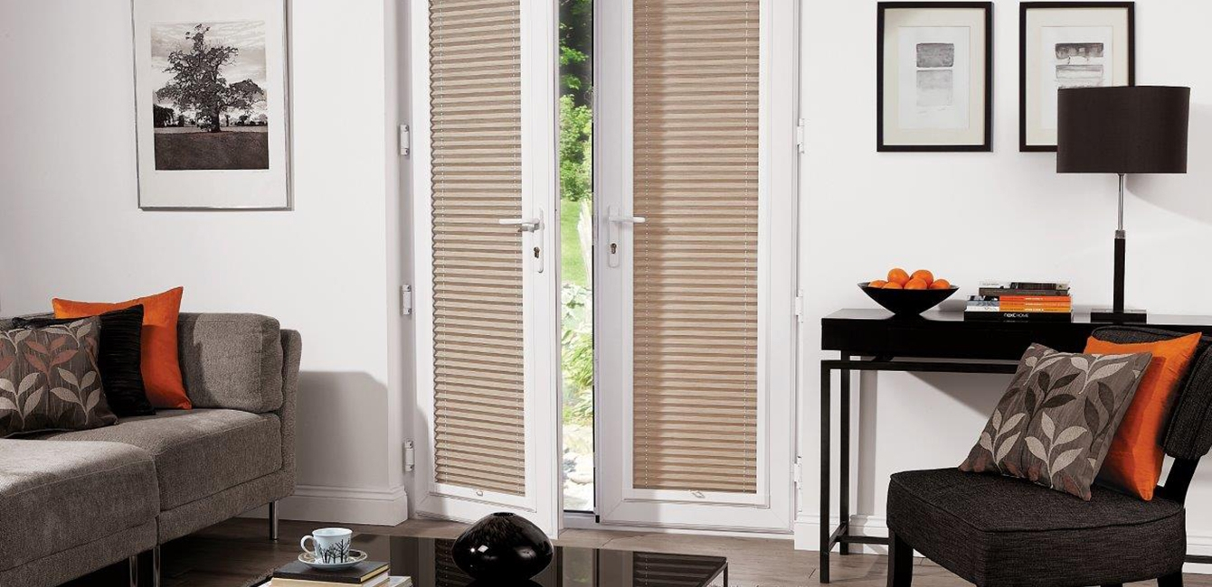 Perfect Fit Pleated Blinds in 'Strata Poplin'